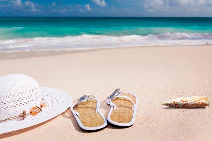 9 dicas para não pesar o bolso na sua viagem para praia!