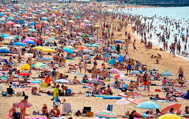 Férias no Brasil: alta temporada