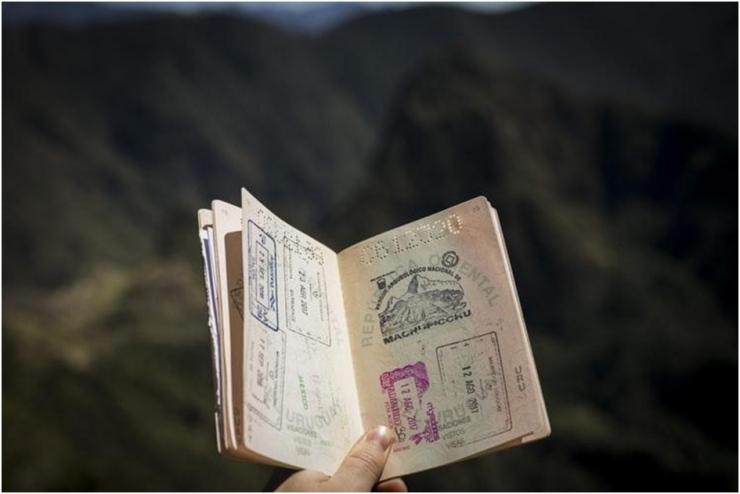 passaporte documento internacional para viagens