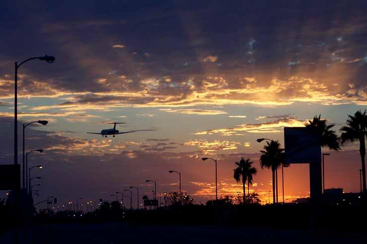Passagem aérea de madrugada é mais barata?