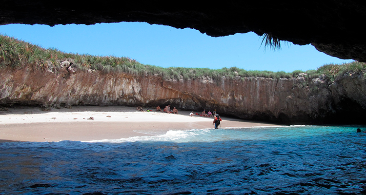 Playa Escondida – Islas Marietas