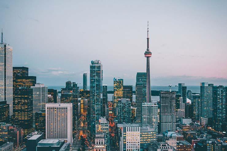 É muito difícil tirar o visto canadense?