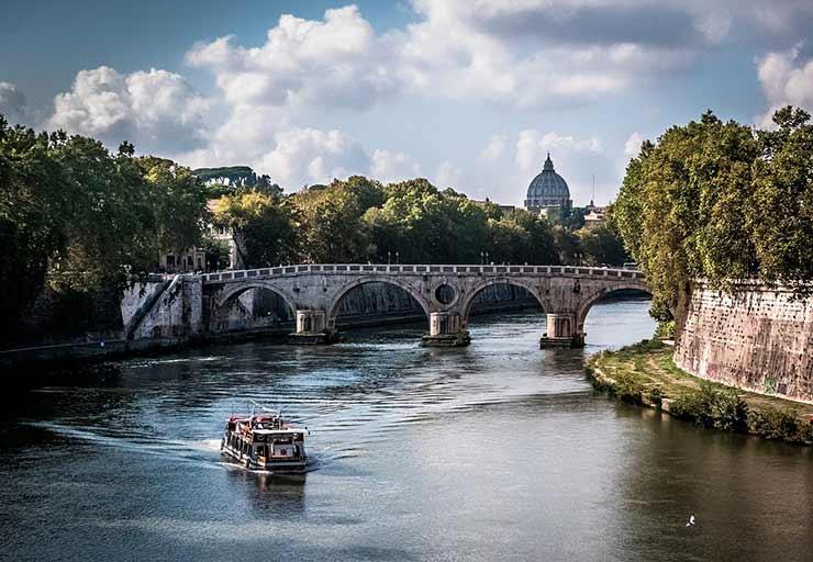 Por que incluir Roma em meu roteiro de viagem?