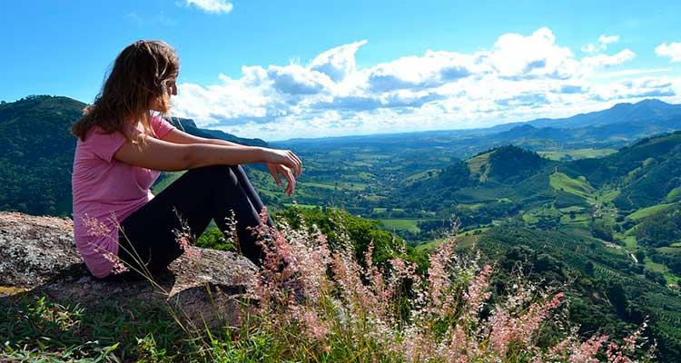 Seguro viagem ideal para o Pico da Bandeira, Minas Gerais