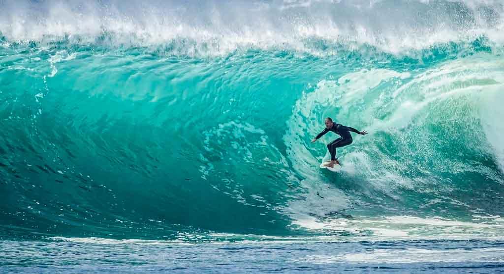 Seguro viagem para esportes surf