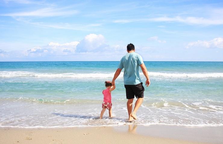 Seguro viagem férias criança