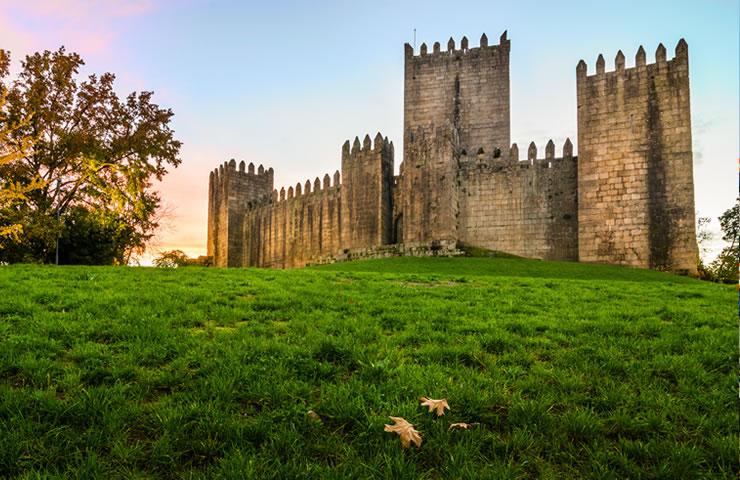 viajar para portugal guimaraes