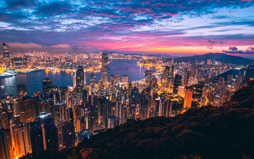 Panorama de Hong Kong, Viagem para China