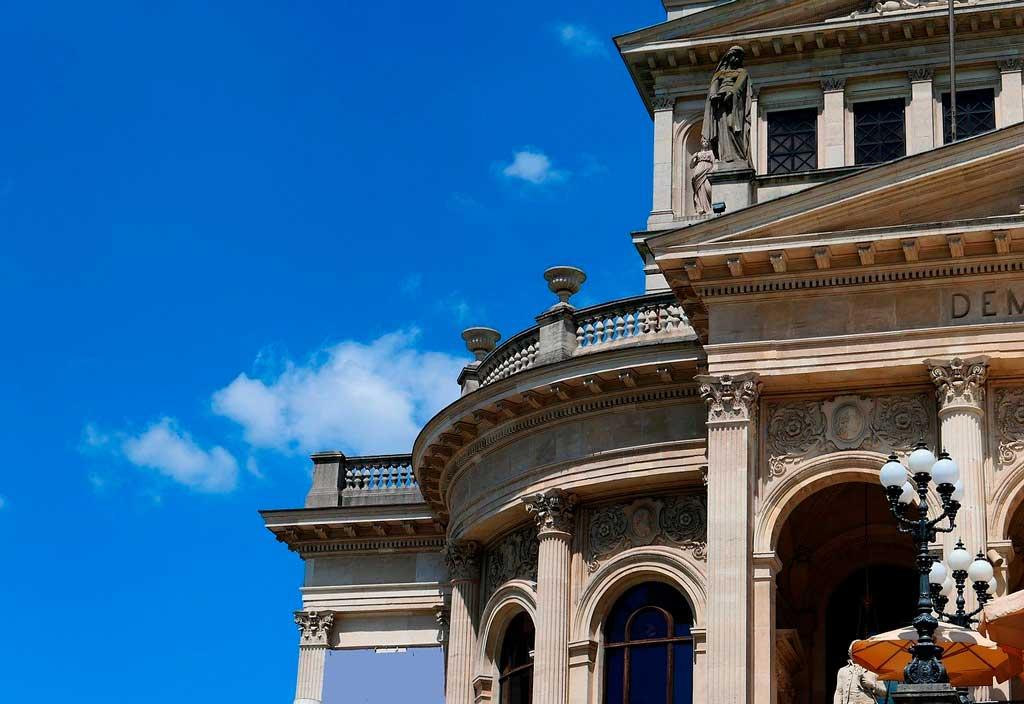 Foto da Alte Oper (Antiga Ópera)