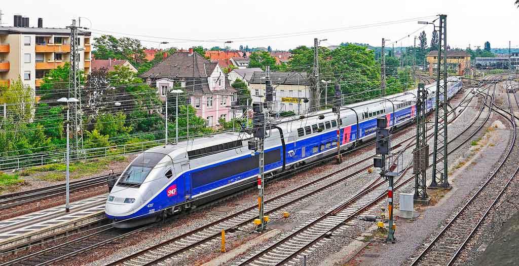 Como chegar em Frankfurt: trem