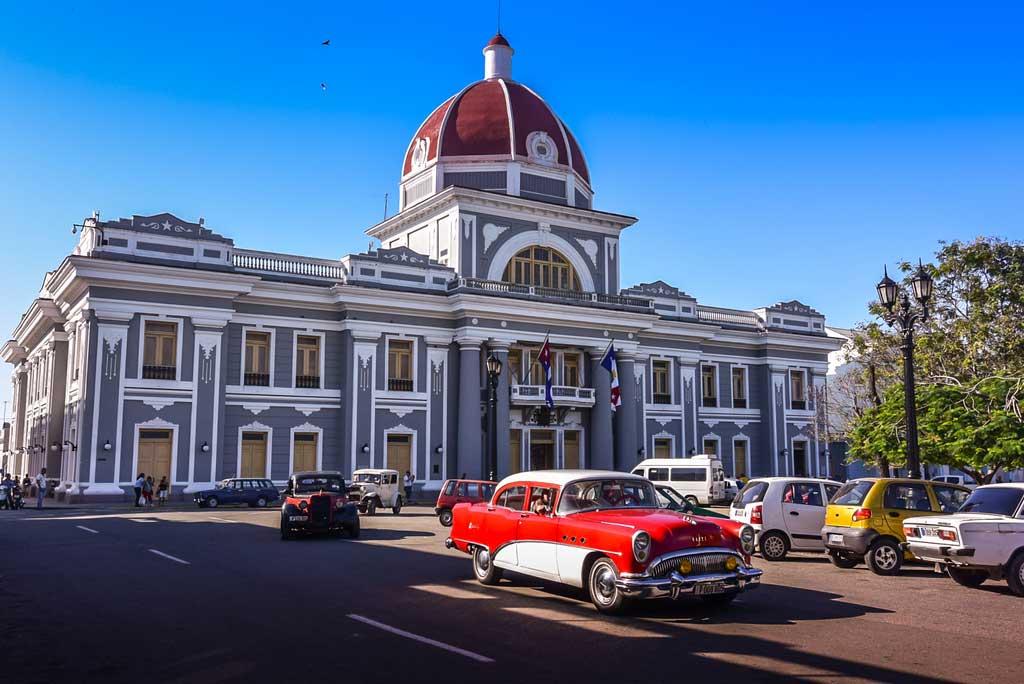 Construção no centro da cidade de Cienfuegos