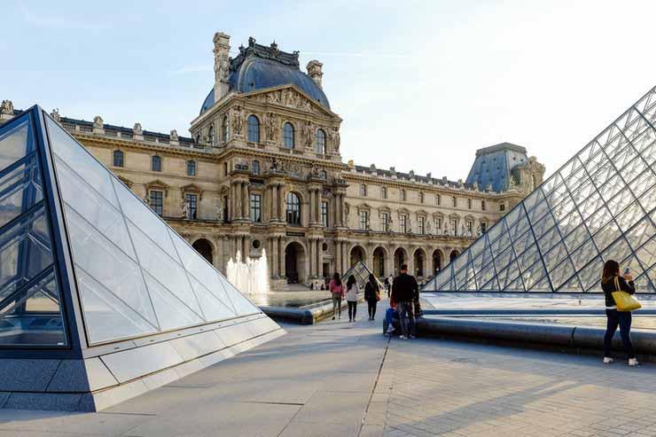 Conhecer o Museu do Louvre