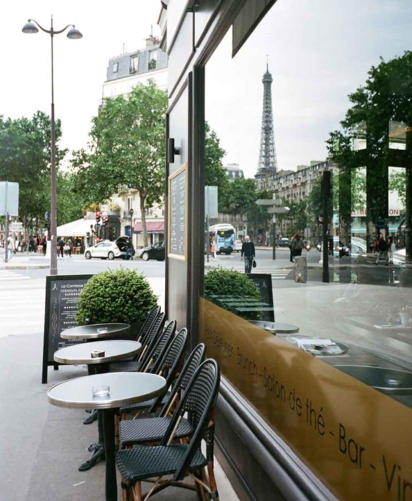 Cafés em Paris com vista a Torre Eiffel