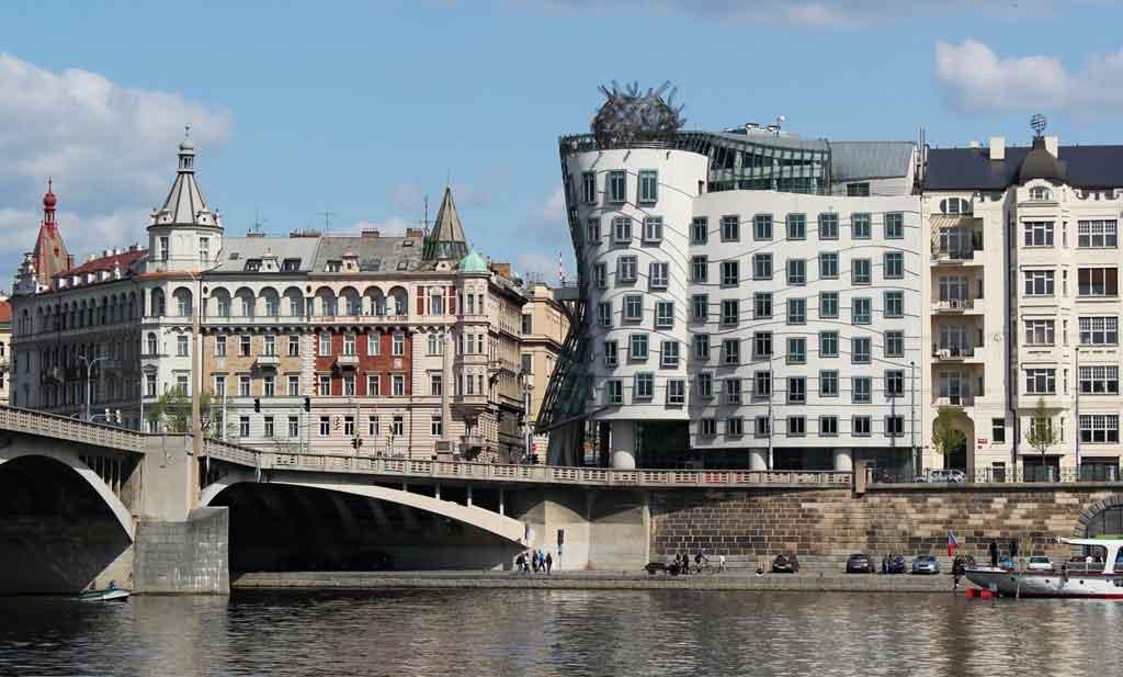 Cidade de Praga: Casa Dançante