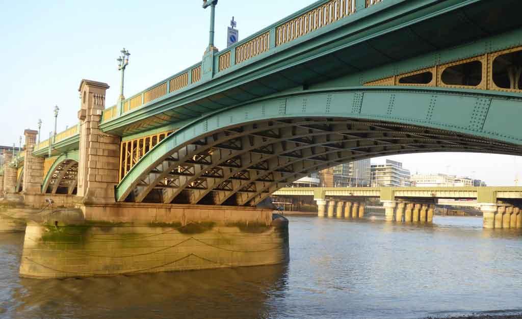 História e Arquitetura das Pontes de Londres
