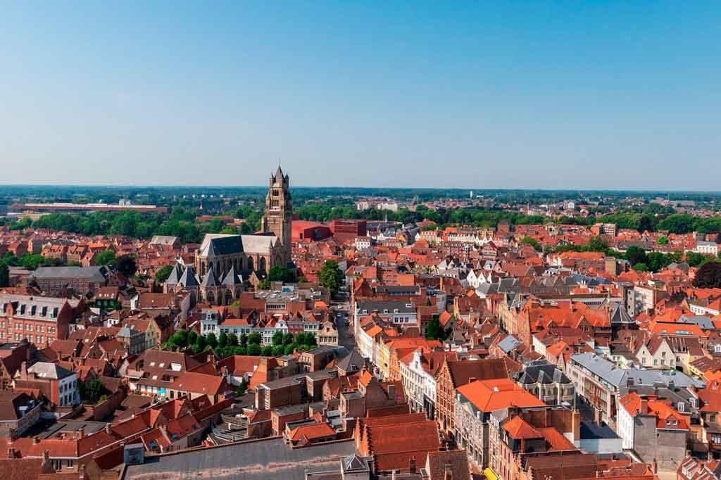 Conheça a história de Bruges