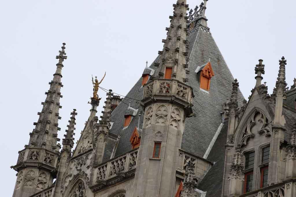 Bruges: Provinciaal Hof