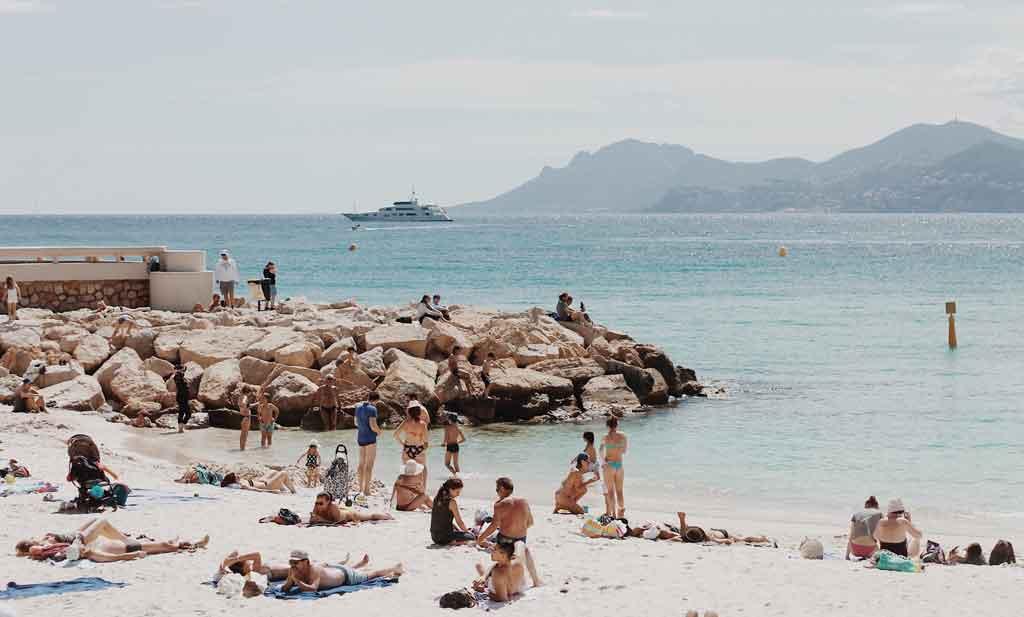 Quais as melhores praias da Riviera Francesa?