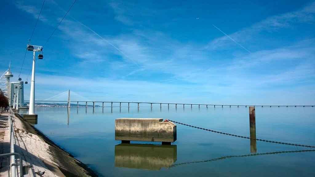 Oceanário em Lisboa ponte Vasco da Gama