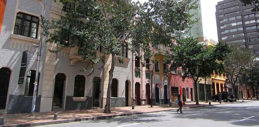 Roteiro Colômbia bairro Macarena
