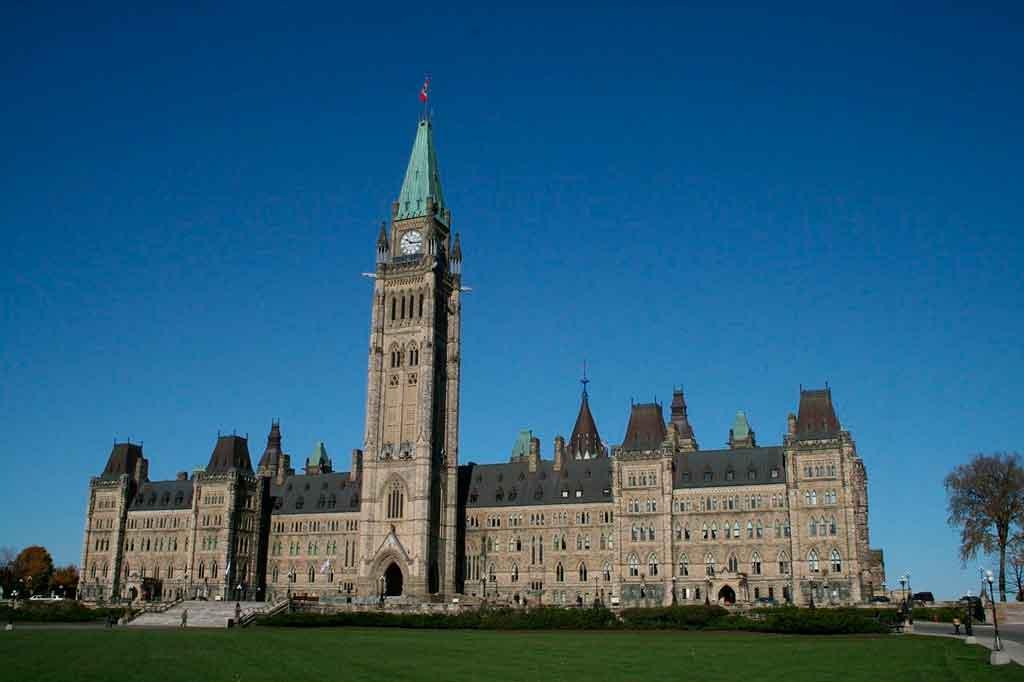 O que fazer em Ottawa Colina do Parlamento