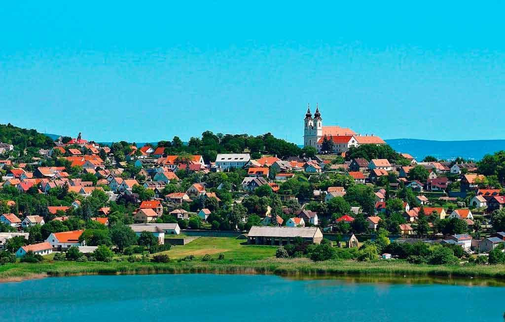 Cidades da Hungria Tihany