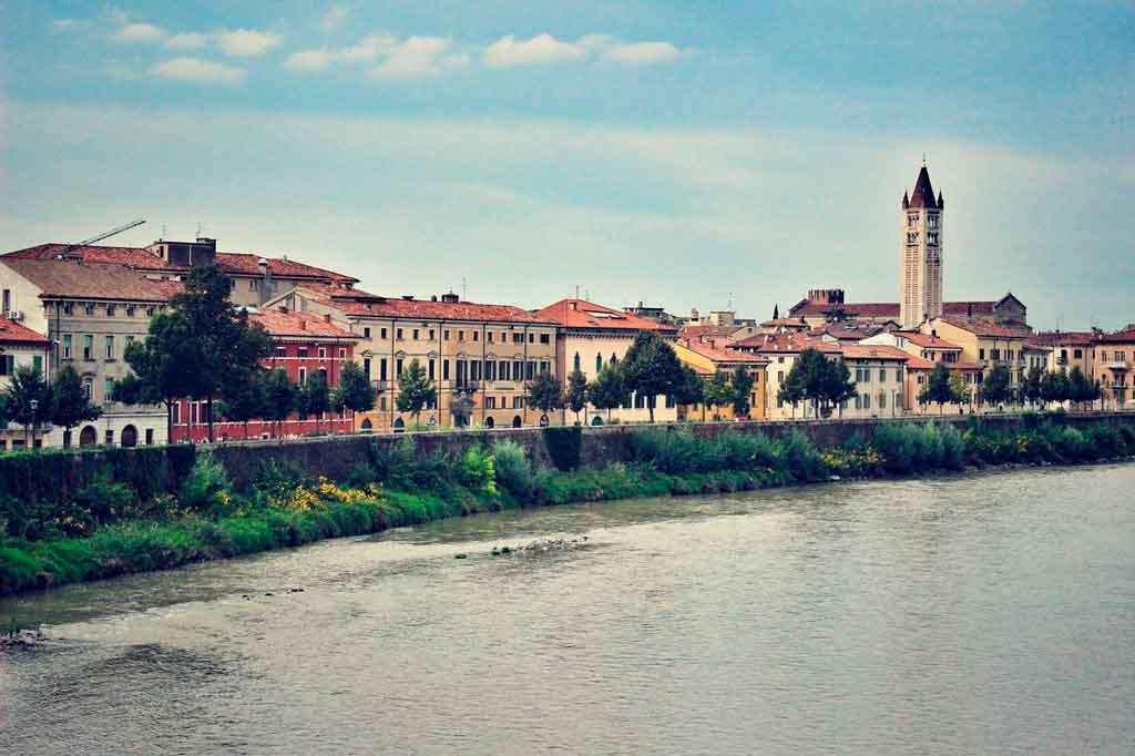 Verona Itália onde fica