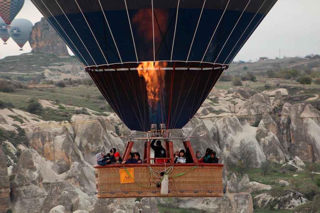 Balões na Capadócia faça o passeio no primeiro dia