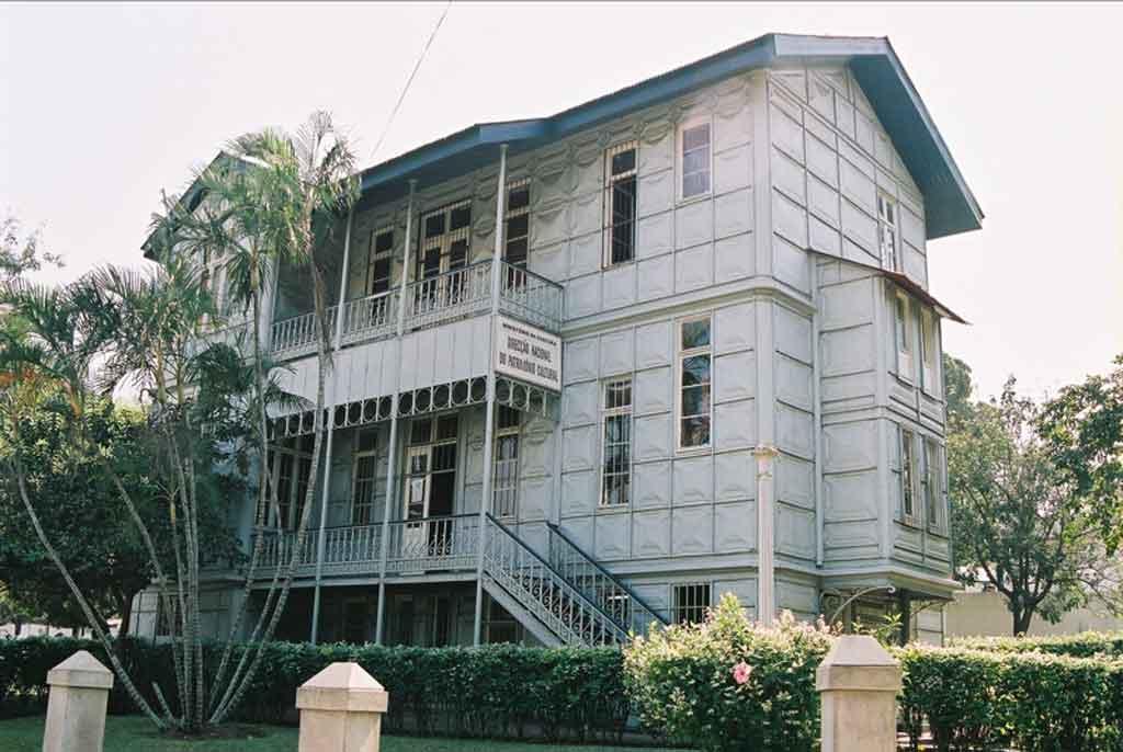 Capital de Moçambique casa de ferro