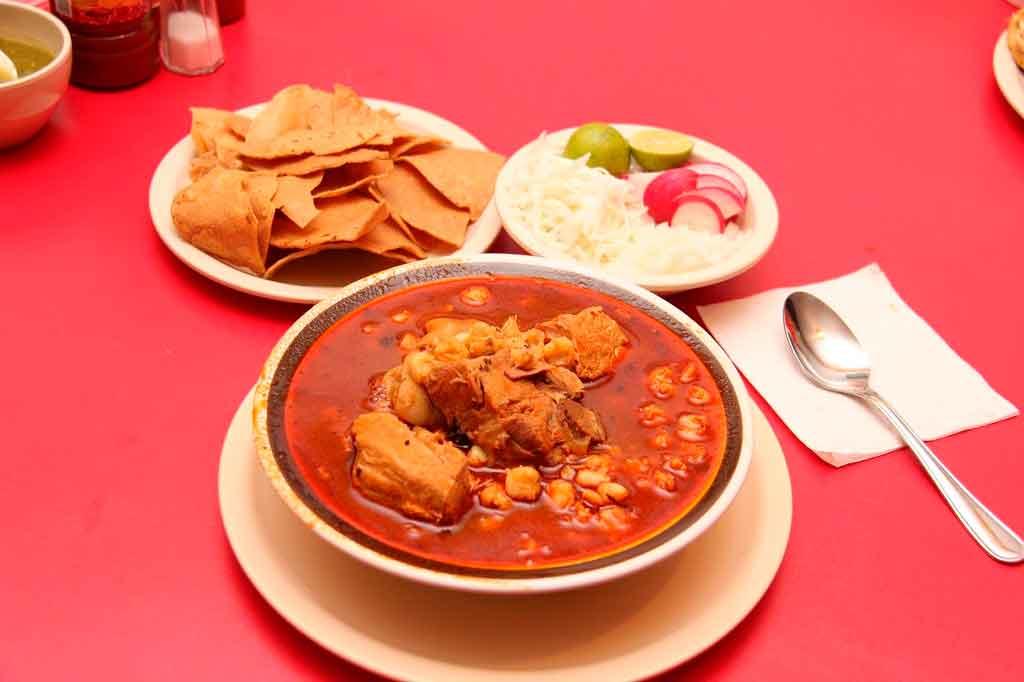 Comidas típicas do México Pozole
