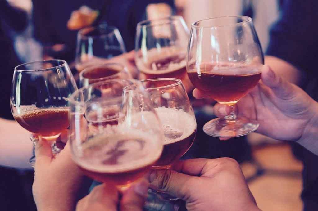 Abu Dabhi consumo de bebida alcoolica