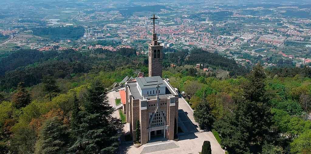 Guimarães Portugal Santuário da Penha