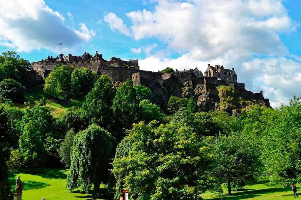 Castelo de Edimburgo capa