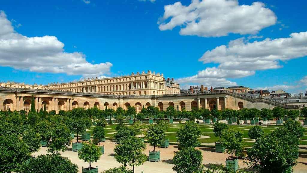 Palácio de versalhes onde fica
