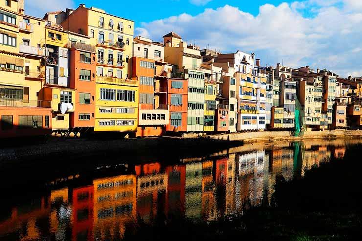 Girona, Espanha: Casas de l'Onyar