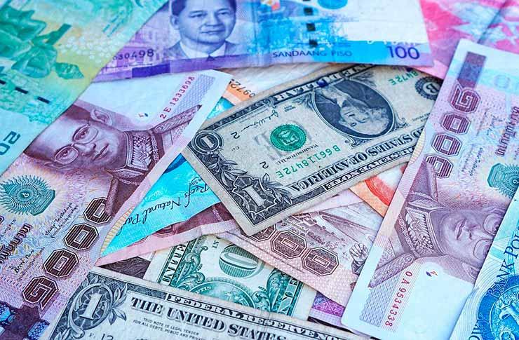 Moeda da Tailândia: dinheiro vivo