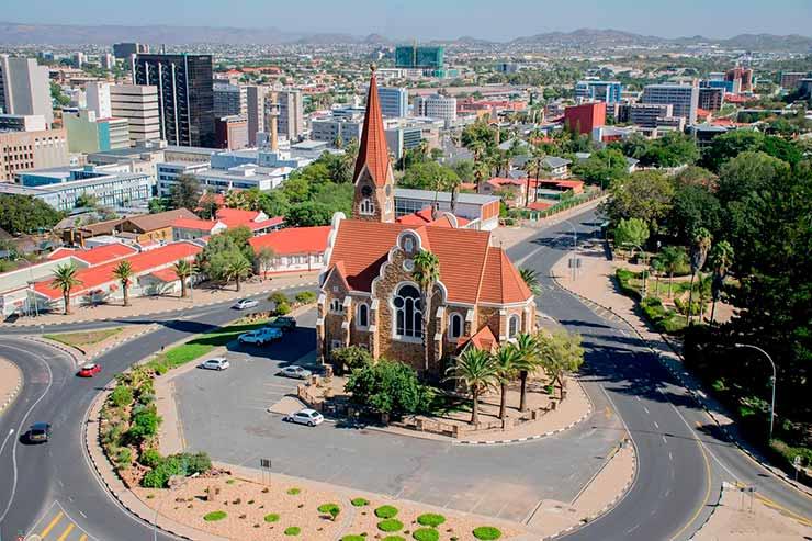 Qual a capital da Namibia