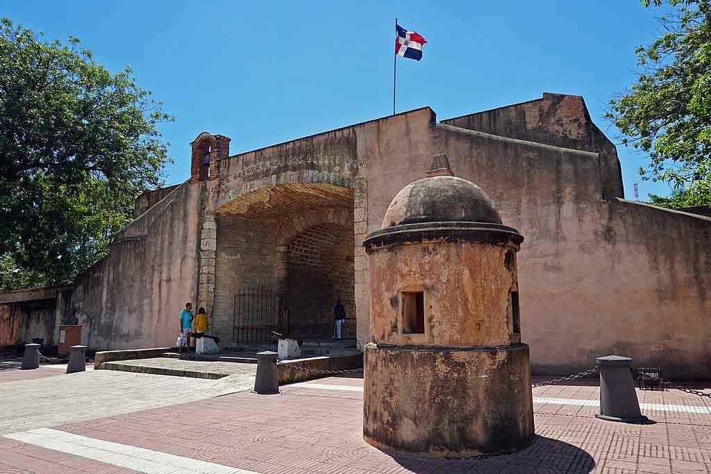 Puerta el Conde