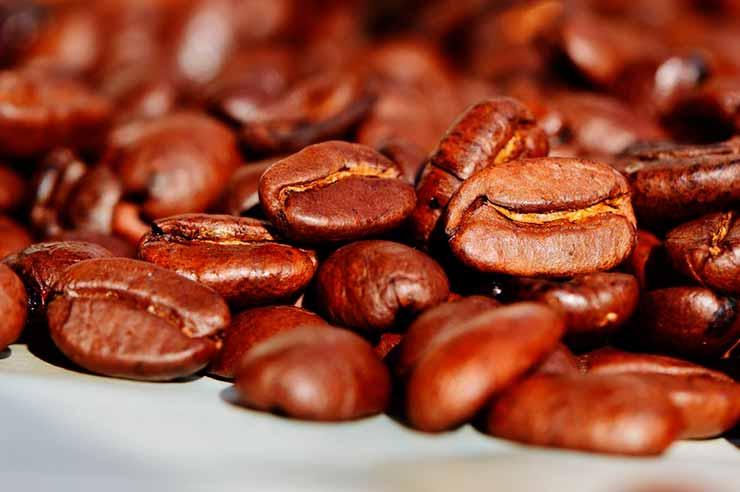 Tomar café típico hondurenho