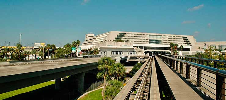 Aeroporto Internacional de Orlando – EUA