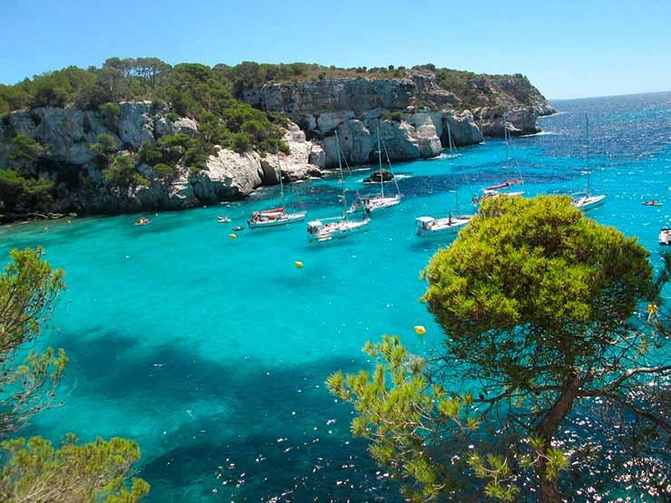 Quais as ilhas que fazem parte das Baleares?