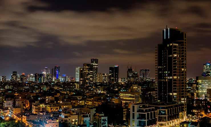 Onde fica Tel Aviv?