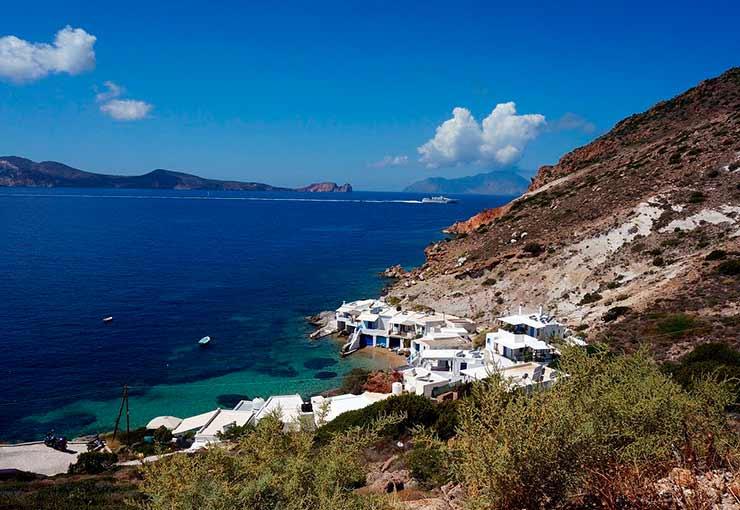 Onde fica Milos na Grécia?