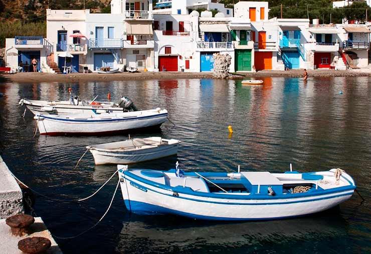 Passeio de Barco pela costa da ilha