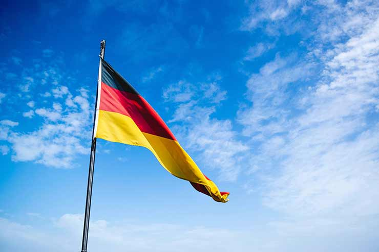 Em que país fica Colônia?