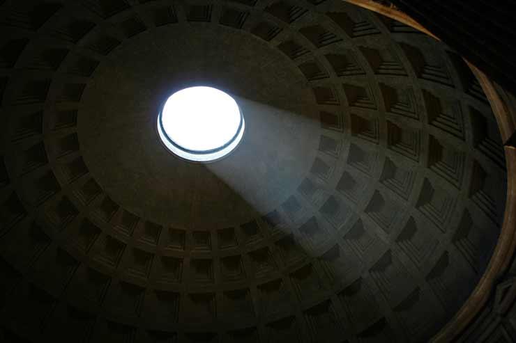 Porque não chove dentro do Panteão?