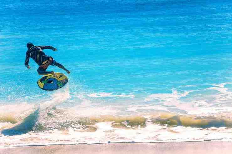 Quais são as melhores praias para aprender a surfar?